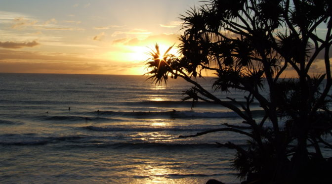 Burleigh Heads at Sunrise ... to ponder the awesomeness of the universe